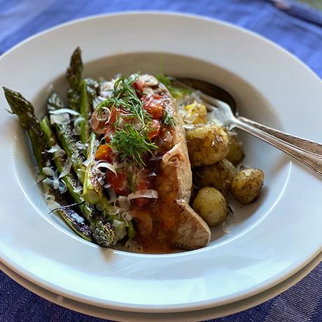 grillad-tonfisk-med-tomat-och-dill-vinagrett